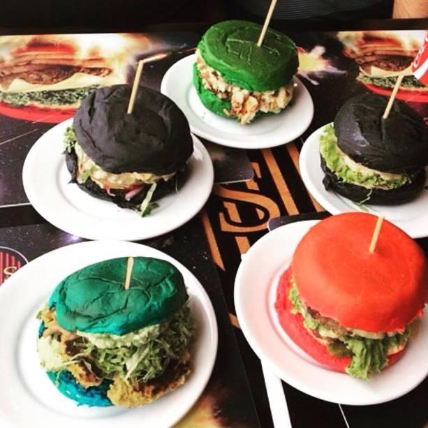 Jeti's Burger eWars Grill: hambúrgueres com cores de sabre de luz