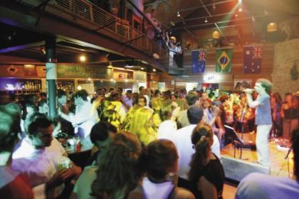 Bar Kia Ora, com música ao vivo