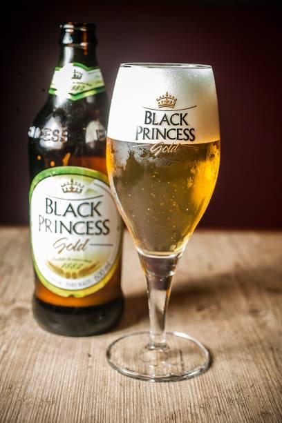 A pilsen Black Princess Gold, do Grupo Petrópolis
