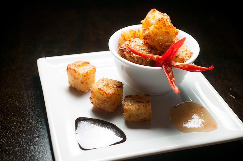 Porções: dadinhos de tapioca com queijo de coalho