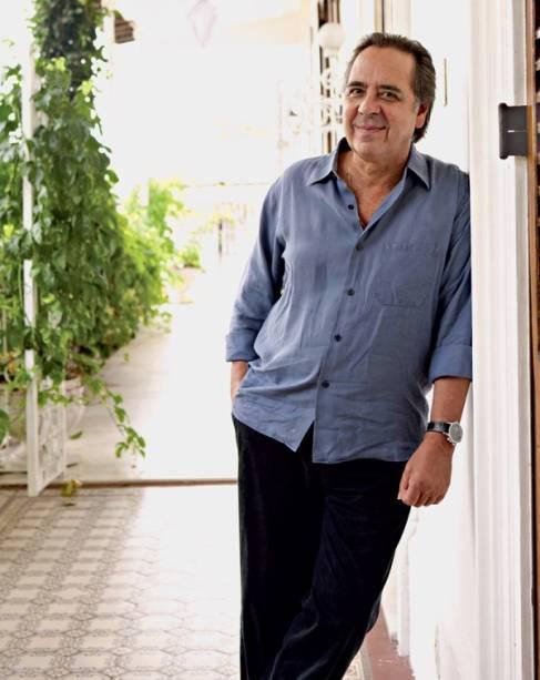 O cantor e compositor carioca: retrospectiva da trajetória