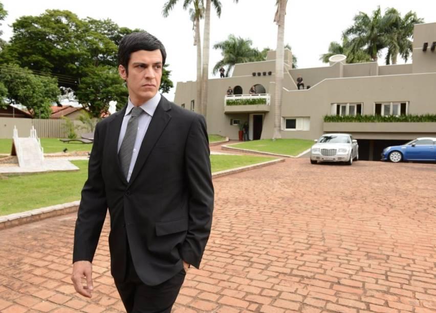 Em Nome da Lei: Mateus Solano é um juiz federal que busca desmontar um esquema de tráfico na fronteira do Brasil com o Paraguai