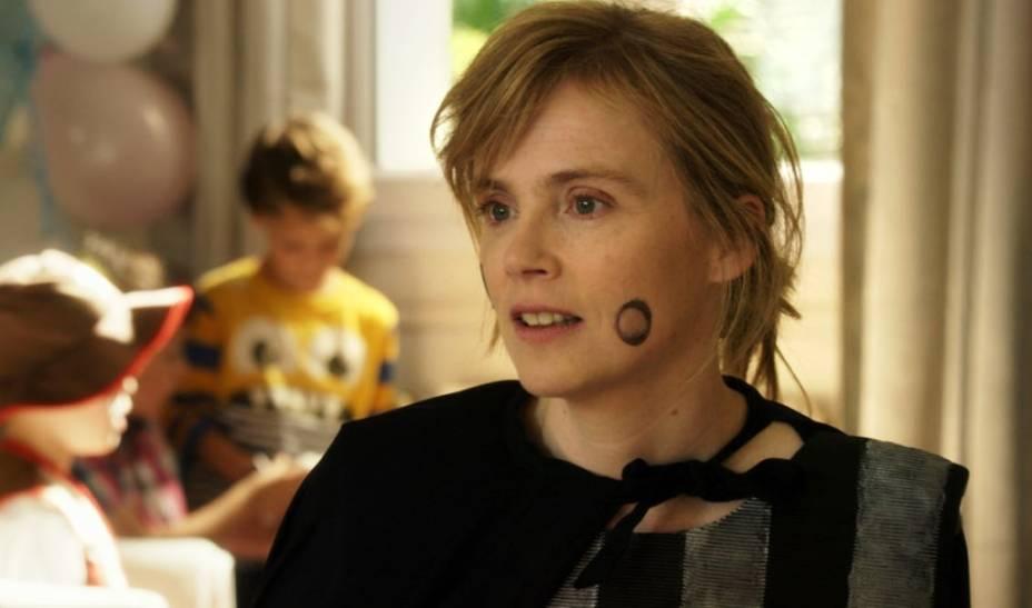 Perrine (Isabelle Carré) decide cuidar do apartamento de um desconhecido