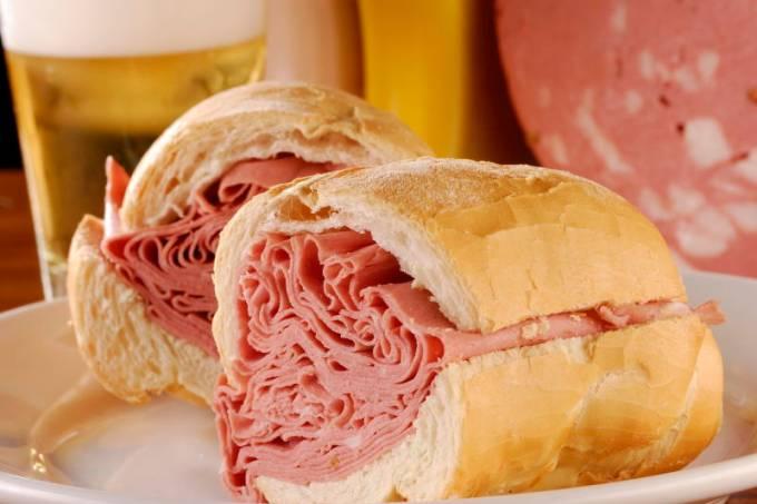 sanduiche-mortadela-07.jpeg