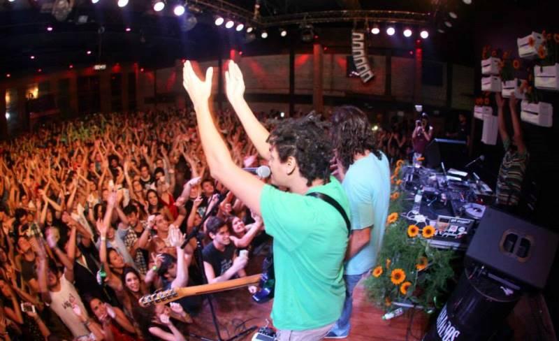Festa dedicada à música brasileira