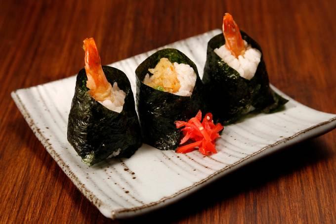 sakagura-comida-rua1.jpeg