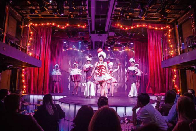 burlesqueparis6bynight43-jpg.jpeg