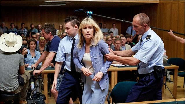 A Acusada: drama mostra como a enfermeira Lucia é sentenciada à prisão perpétua sob a acusação de ter matado bebês e idosos