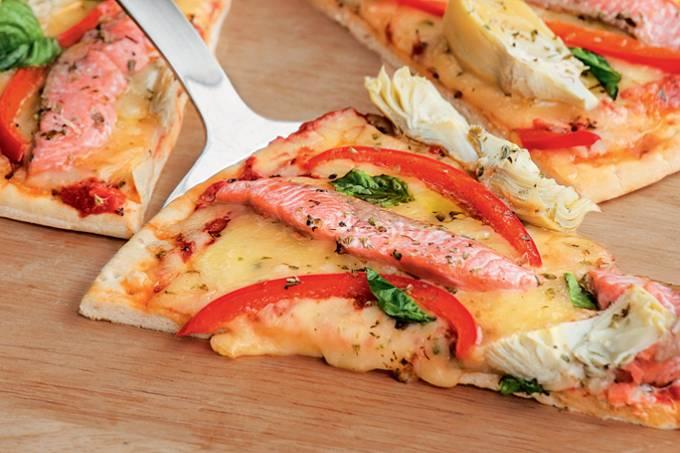 m_demulher_salmondochile_pizza.jpeg
