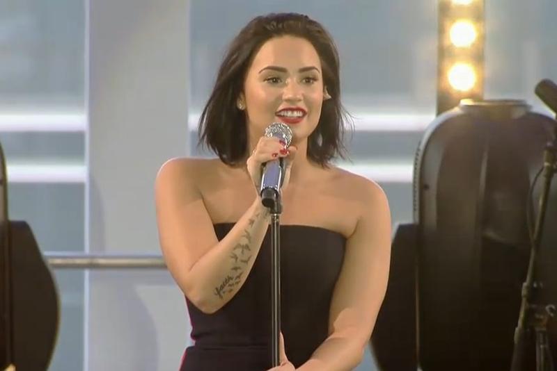 Demi Lovato fez pocket show secreto nesta terça (20) em São Paulo