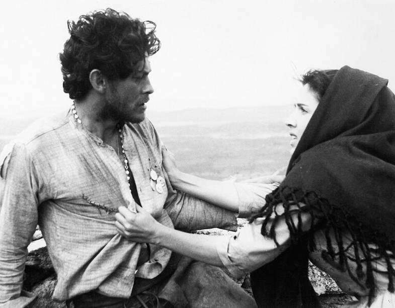 Com Geraldo Del Rey no filme<em> Deus e o Diabo na Terra do Sol</em>