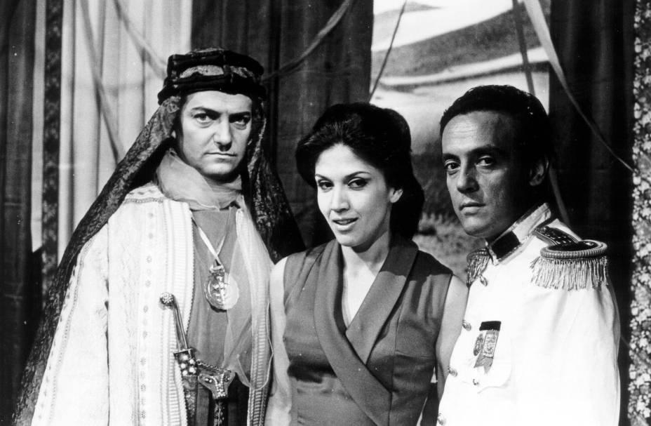 Com Henrique Martins e Amilton Fernandes na novela <em>O Sheik de Agadi</em>