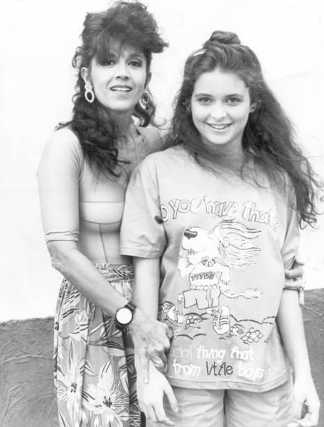 Com Claudia Abreu na novela <em>O Outro</em>