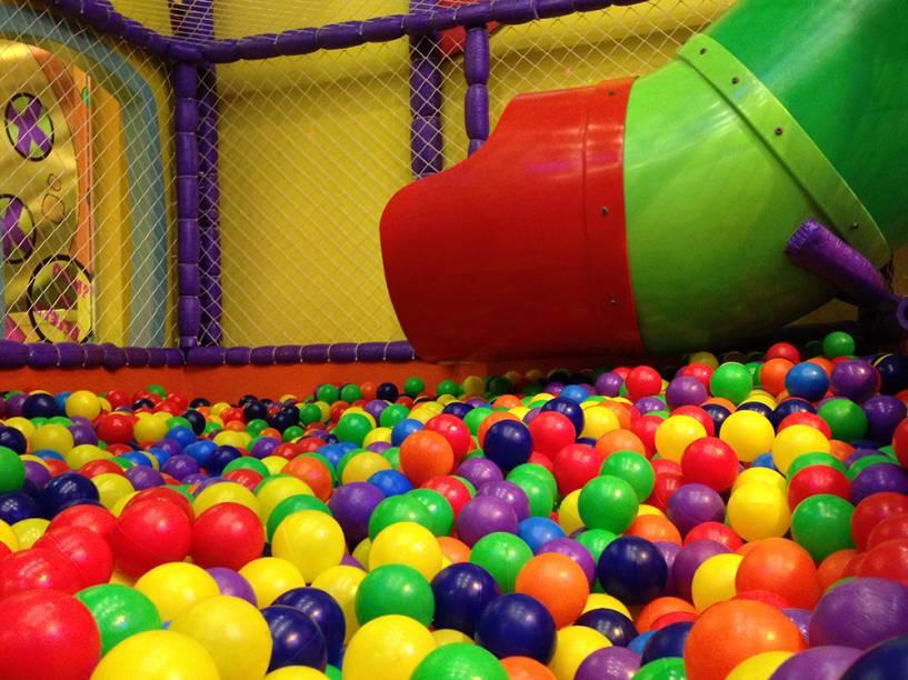 Play Space, no Shooping Anália Franco: piscina tem cerca de 8 000 bolinhas