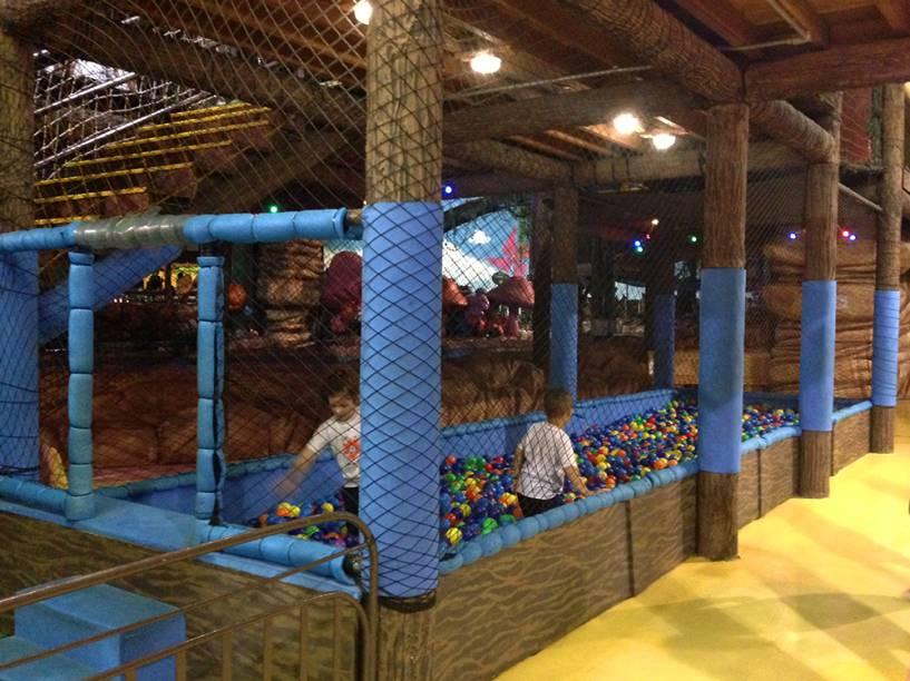 Mundo da Xuxa: piscina tem 7,70 metros de comprimento e 2,20 metros de largura