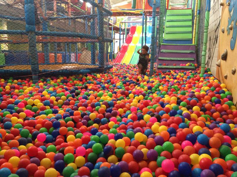 Amazing Balls: mais de 300 000 bolinhas