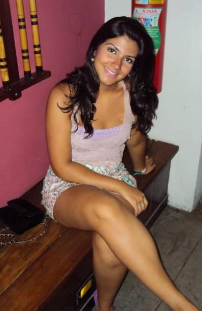 A modelo é filha de Carlos Augusto Gambine, irmão falecido de Roberta Close