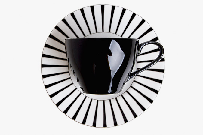 Xícara de porcelana