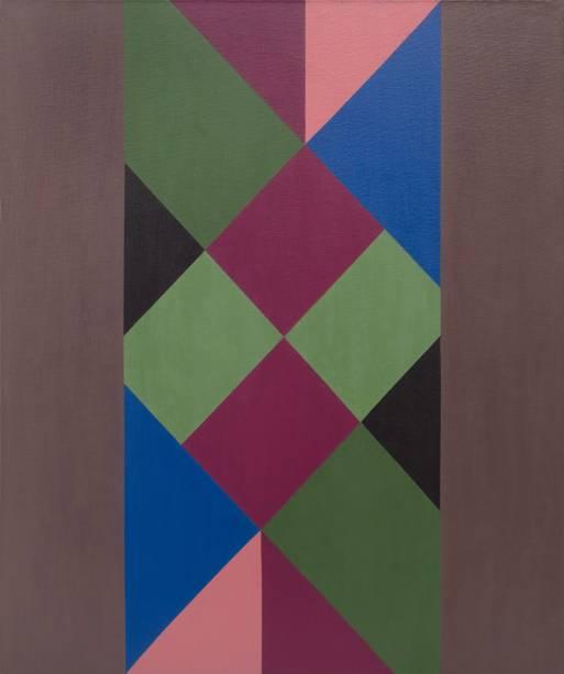 Cores vibrantes e figuras geométricas são características marcantes das obras de Jandyra
