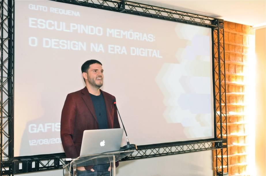 Designer Guto Requena