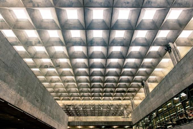 faculdade-de-arquitetura-e-urbanismo_fau_vilanova-artigas_foto1-andr-seiti.jpeg