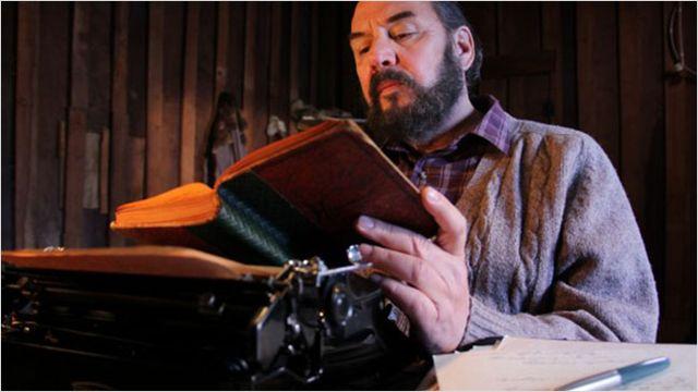 Neruda: longa dirigido por Manuel Basoalto