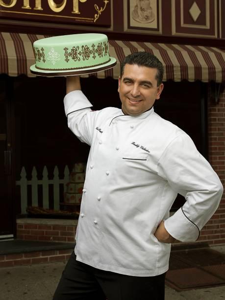 Astro do reality show Cake Boss, Buddy Valastro desembarca em São Paulo na manhã do domingo (20)