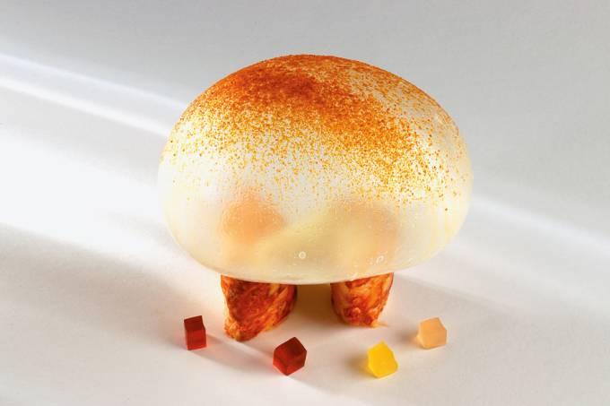 crustaceo-assado-com-globo-de-especiarias-credito-divulgacao-akelarre-jpg.jpeg