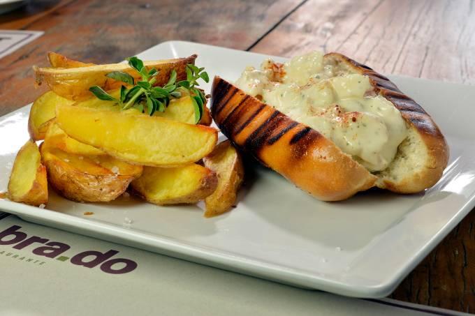 brado_lobster-sandwich-2_sanduweek.jpeg