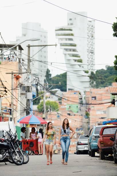 Tatá Werneck e Bruna Marquezine: moradores se identificam com as protagonistas