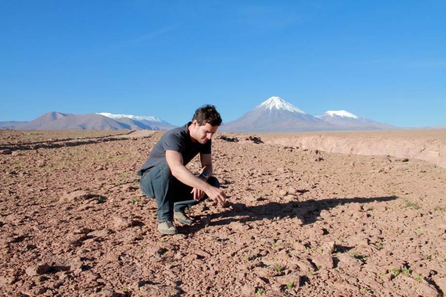 Romance Policial: assassinato no Deserto do Atacama