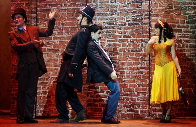 Chaplin, o Musical: direção cênica é de Mariano Detry e musical de Marconi Araújo