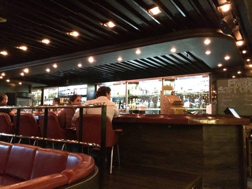Balcão do Bar Frank: novo point no Maksoud Plaza