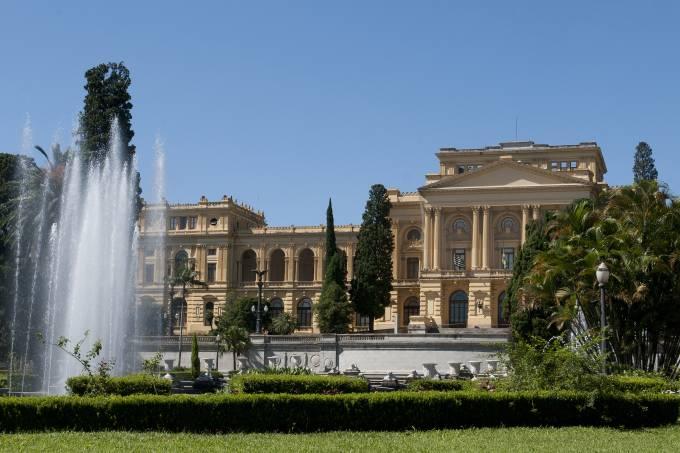 fonte-do-parque-independencia-e-o-museu-paulista-da-universidade-de-sao-paulo-o.jpeg
