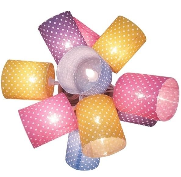 """Fio de luz com dez cilíndros e tecido de poá, R$ 160,00, da <a href=""""http://www.coisasdadoris.com.br/"""" rel=""""Coisas da Doris"""" target=""""_blank"""">Coisas da Doris</a>"""