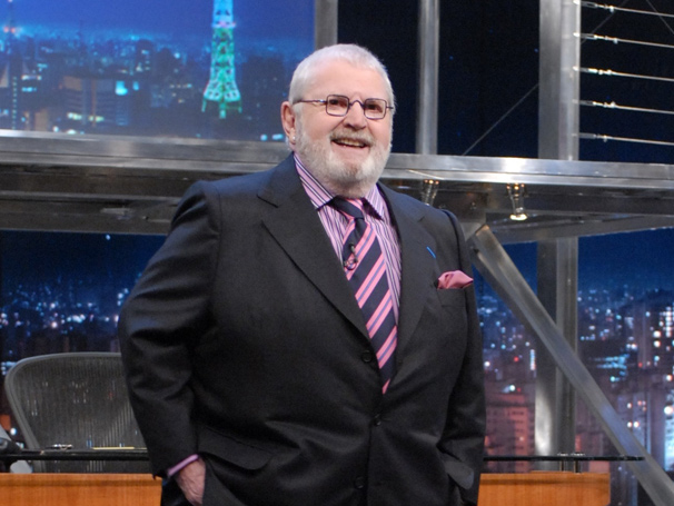 Jô Soares deve permanecer na Rede Globo até 2017