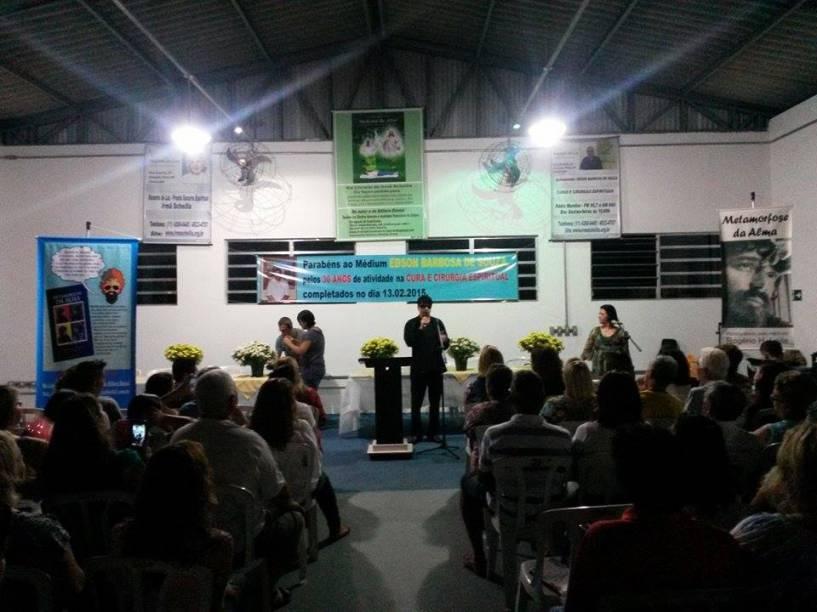 O evento de lançamento reuniu aproximadamente 100 pessoas