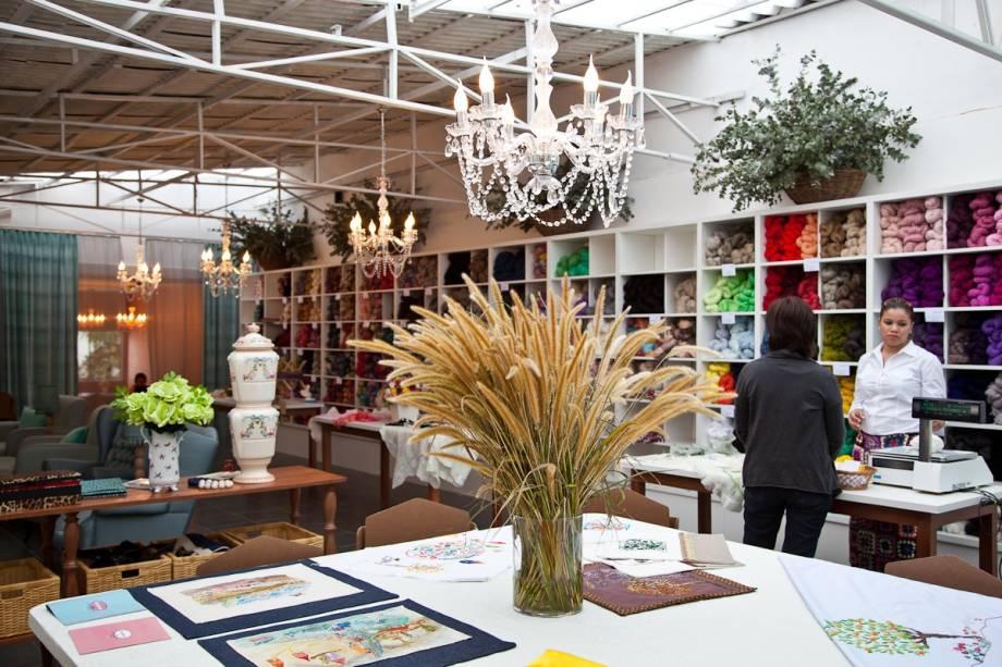 Novelaria Knit Café: espaço mistura loja, escola e café para os fãs de tricô