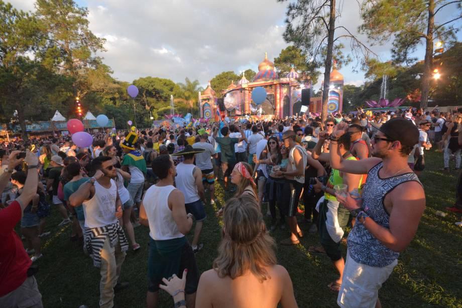 Tomorrowland: primeiro dia do festival em Itu