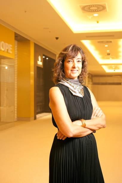 Renata Rouchou, diretora de desenvolvimento da Starbucks, que trará o conceito das lojas de rua (sofás, poltronas, espaços de conexão de produtos eletrônicos) para o shopping