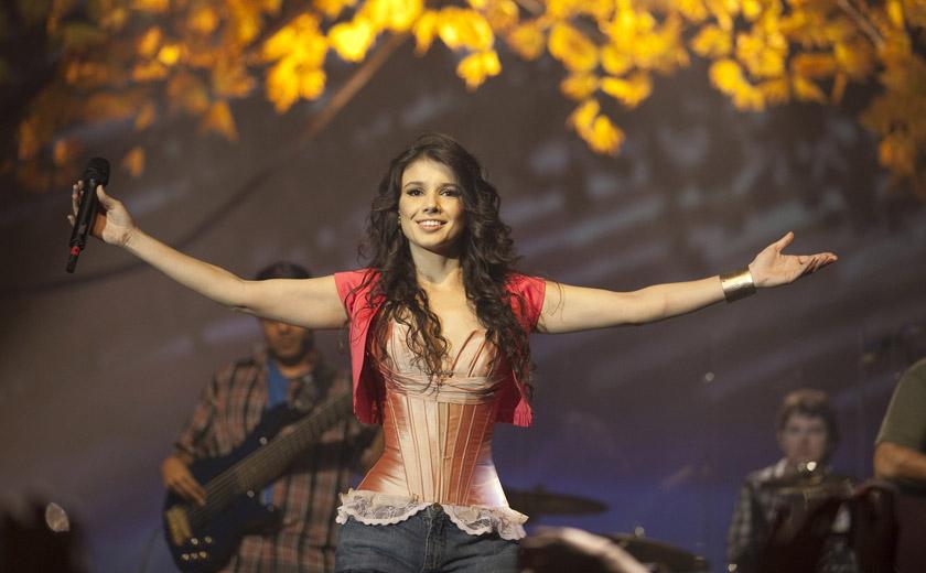 A cantora Paula Fernandes é uma das atrações do 1º de Maio da Força Sindical, que será realizado na Praça Campo de Bagatelle
