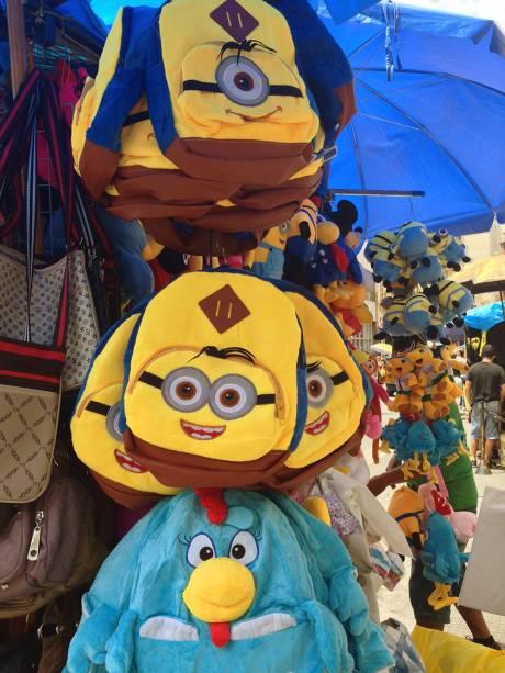 25 de Março: mochilas dos Minions e Galinha Pintadinha (de R$ 15,00 a R$ 25,00)