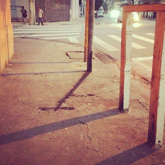 O coletivo da Barra pintou sombras na Barra Funda