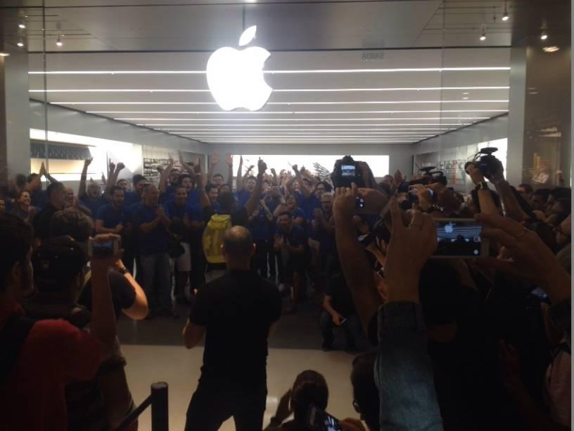 Trata-se da primeira unidade oficial da Apple na capital