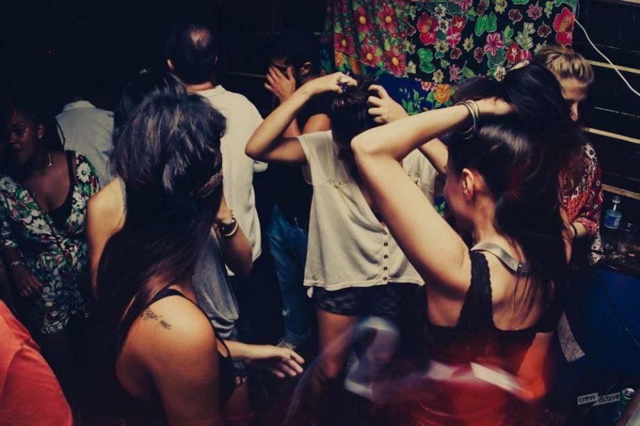 Trackers: Batô é a festa de sexta