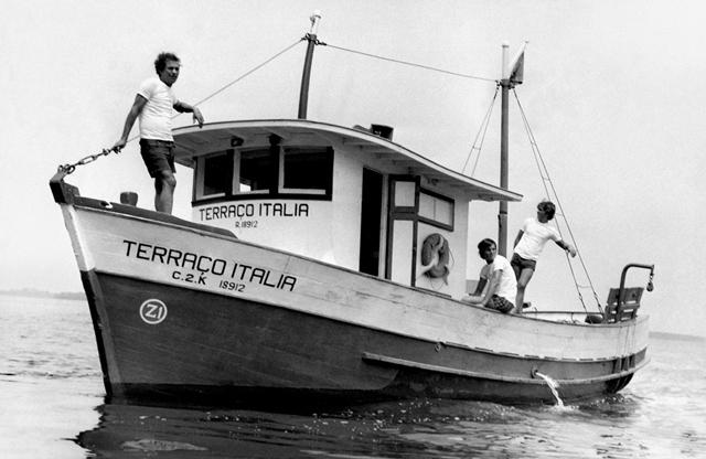 Terraço Itália: por alguns meses, o Terraço manteve um barco em Santos para pescar próprios peixes