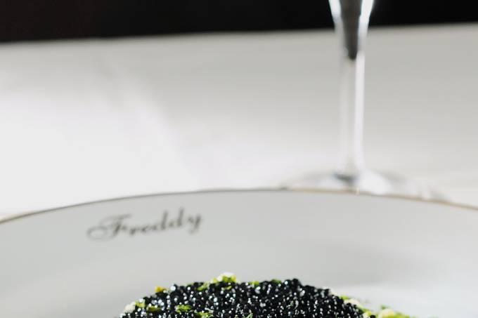 blinis-caviar-01-jpg.jpeg