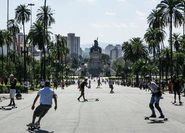Ladeira que liga os jardins do Museu Paulista ao Monumento à Independência tem 450 metros de comprimento