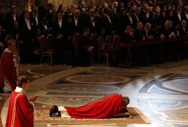 Conhecido como Tríduo Pascal, o rito relembra o dia em que Jesus foi crucificado