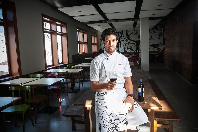 Rodrigo Oliveira, do Mocotó: oferece aula gastronômica de tapiocas doces e salgadas e jantar exclusivo preparado por elena sexta (10), às 19h30